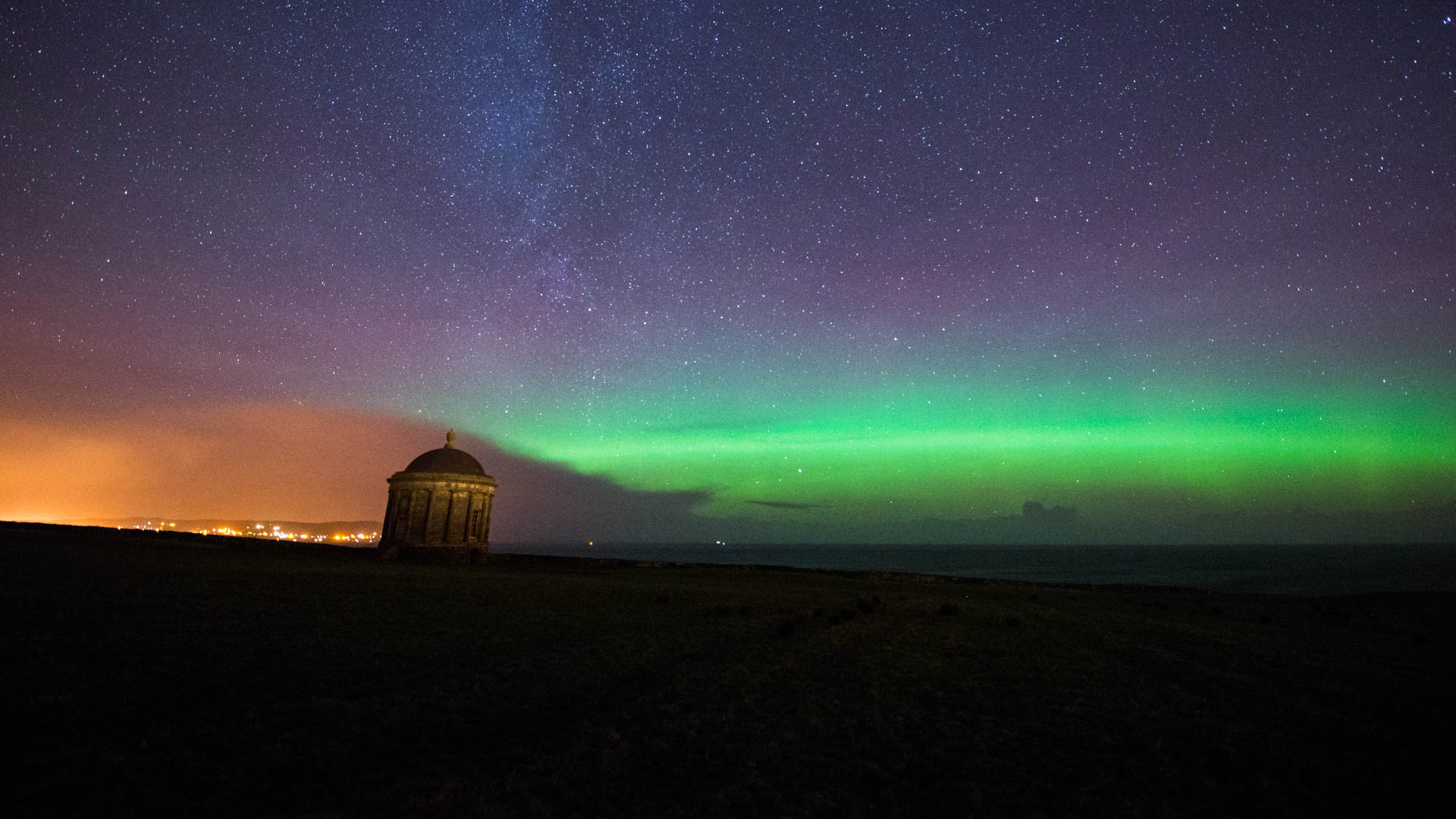Mussenden Temple New Years Eve Aurora